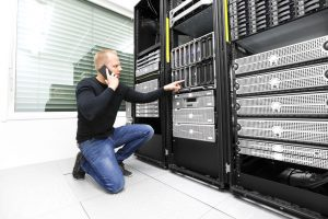 it consultant calling support in datacenter